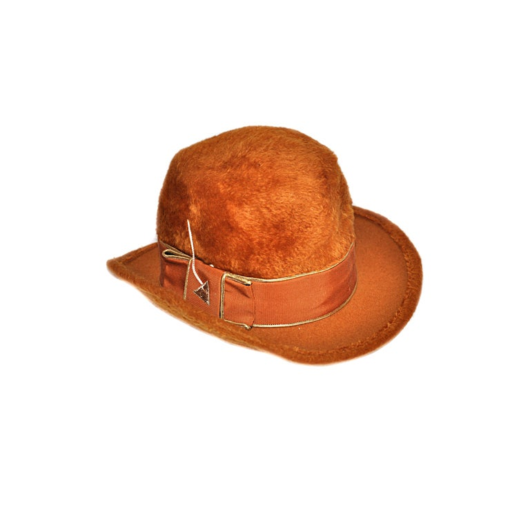 Mr. John Golden brown felted hat For Sale