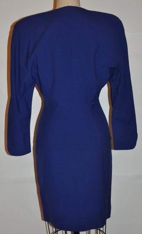 Thierry Mugler Signature Sculpted Form-Fitting 2-piece Suit & Skirt Ensemble In Good Condition For Sale In New York, NY