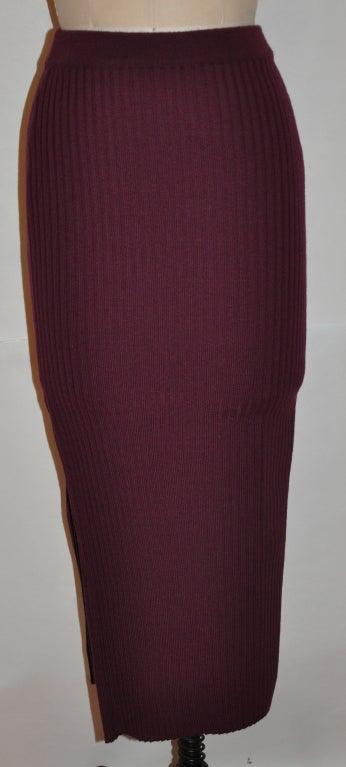 Dolce & Gabbana burgundy knit skirt 2