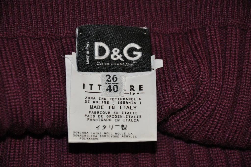 Dolce & Gabbana burgundy knit skirt 3