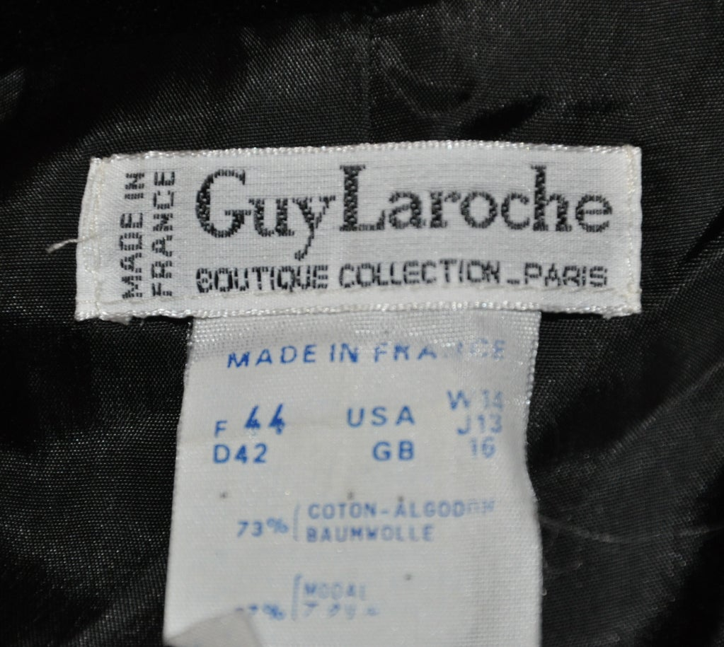 Guy Laroche black velvet sweetheart jacket 3