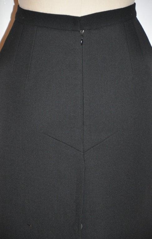 Dolce & Gabbana black form-fitting pencil skirt 5