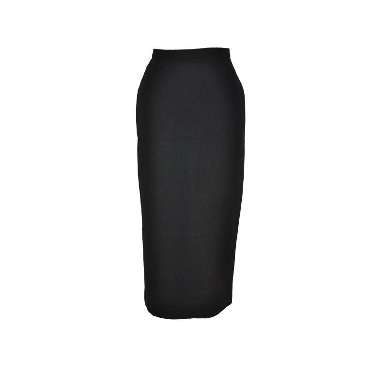 Dolce & Gabbana black form-fitting pencil skirt 1