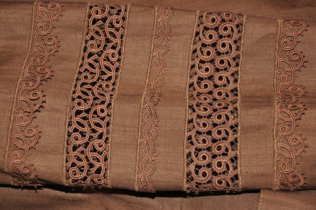 Lolita Lempicka brown linen & Flax with Swiss lace ensemble For Sale 3