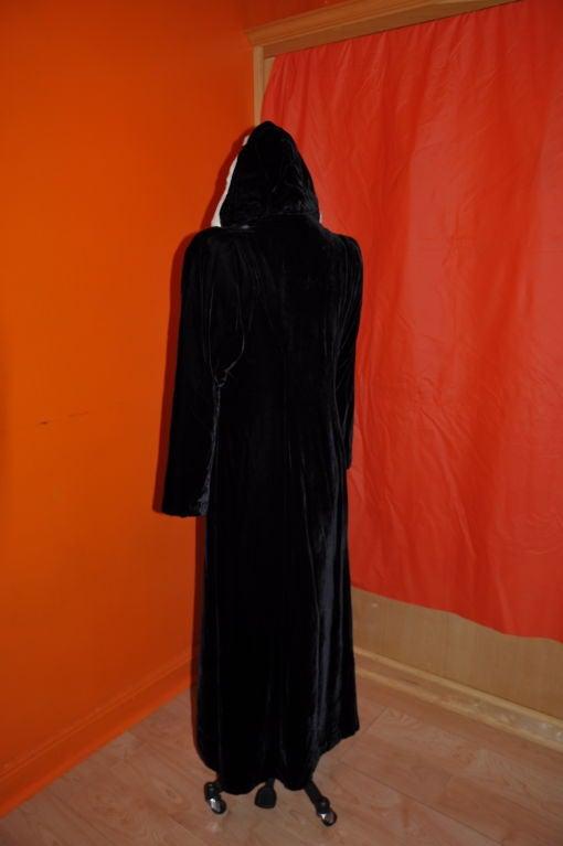 Black Victorian velvet with mink trim hooded evening coat For Sale
