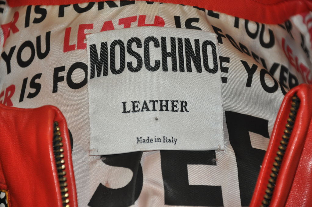 """Moschino """"Mickey Mouse"""" leather crop jacket In Good Condition For Sale In New York, NY"""