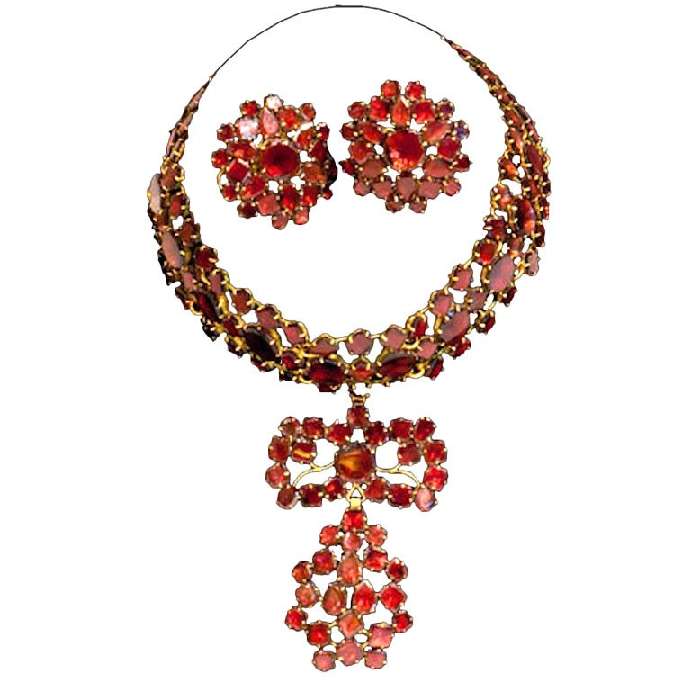 Remarkable 18th Century 'Queen Anne' Choker and Earrings
