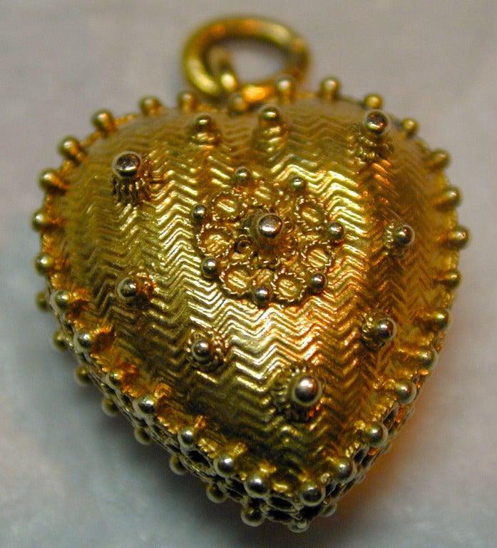 Antique Heart Locket 3