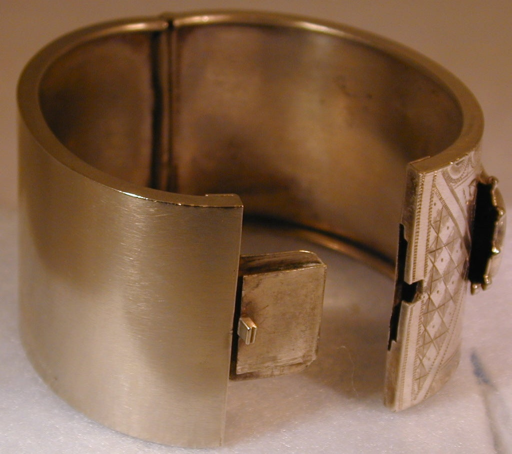 Antique Victorian Sterling Silver Cuff Bracelet For Sale 1