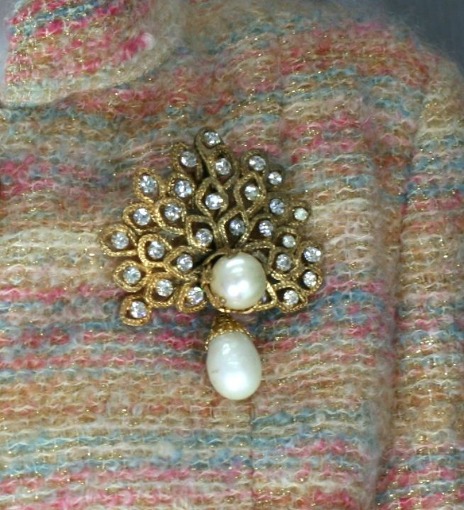 Chanel Gilt Leaf Brooch with Pastes and Pearls,  Goossens For Sale 1