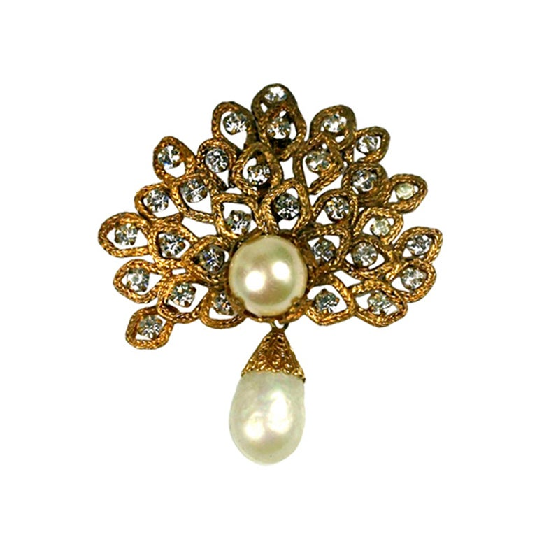 Chanel Gilt Leaf Brooch with Pastes and Pearls,  Goossens For Sale