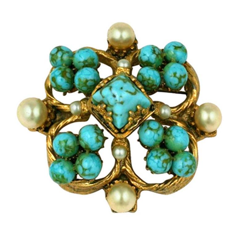 Chanel Renaissance Quatrefoil Brooch For Sale