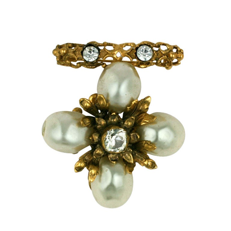 Chanel Baroque Pearl Pendant Brooch For Sale
