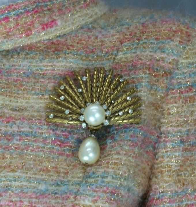 Coco Chanel Gilt Sunburst Brooch with Pastes and Pearls, Goossens In Excellent Condition For Sale In Riverdale, NY