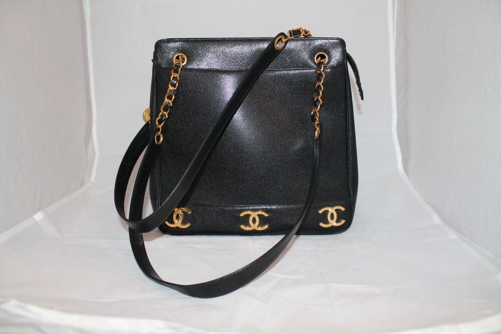 Chanel Black Leather Shoulder Bag 79