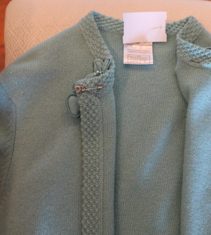 Chanel Turquoise Cashmere Cardigan Set with Detachable Flowers - 40 - 05P For Sale 5