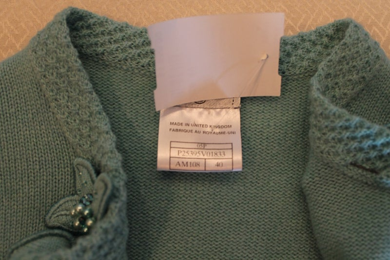 Chanel Turquoise Cashmere Cardigan Set with Detachable Flowers - 40 - 05P For Sale 4
