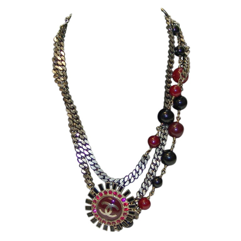 Chanel Gunmetal Chain Belt/Necklace with Red & Black Stones - circa 2007 Fall  For Sale