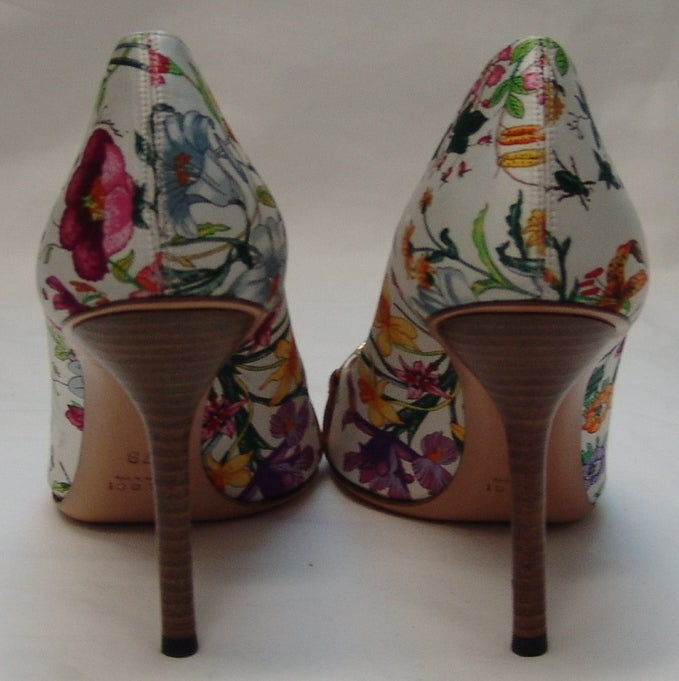 Gucci Floral Print Silk Shoes 3