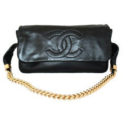 Chanel Black Lambskin Shoulder handbag w/ Large Gold Link strap