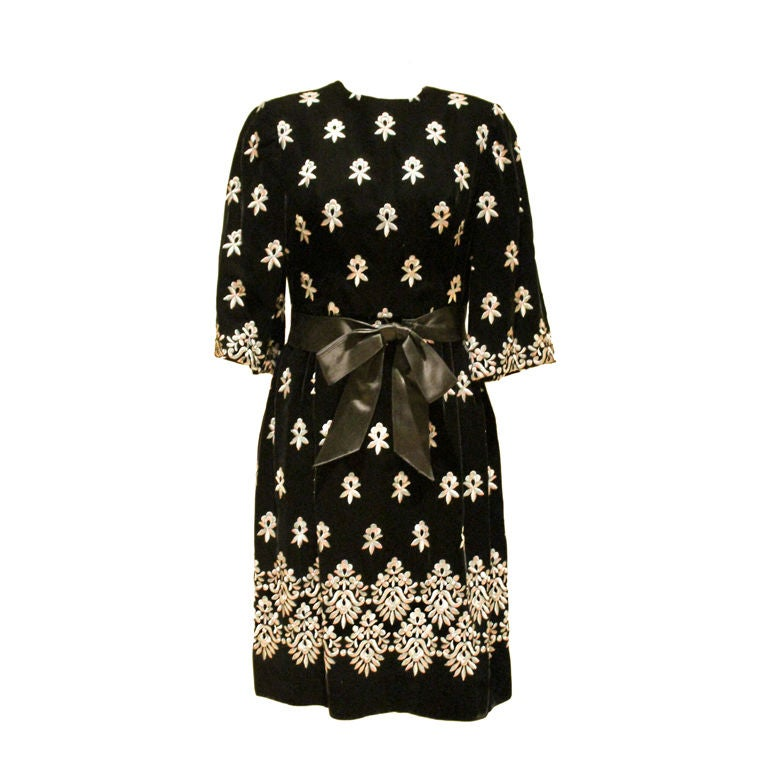 Vintage Sarmi Black Embroidered Velvet Dress - Sz 4  Circa 50's