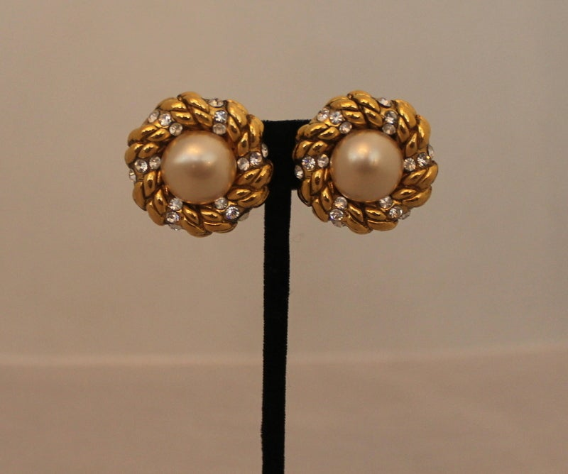 """Chanel Goldtone, Pearl and Rhinestone Earrings - Circa 1986 (Season 23). These earrings are stunning and in excellent vintage condition.  Length & Width- 1.15"""" x 1.15"""""""