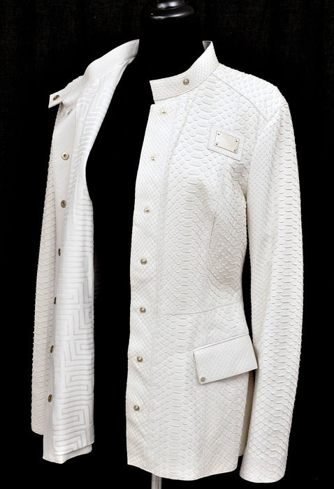 New GIANNI VERSACE COUTURE WHITE PYTHON JACKET For Sale 2