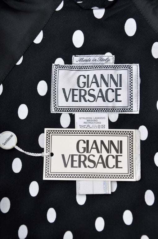 1990-s Gianni Versace Polka Dot Trench Coat For Sale 3