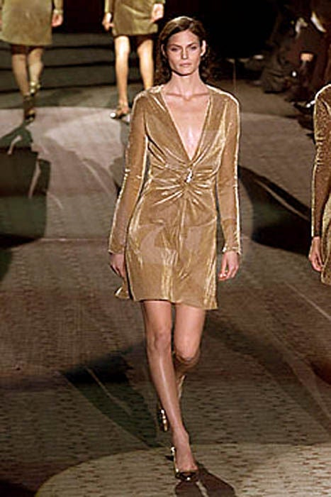 Tom Ford for Gucci Gold Dress with Lion Brooch For Sale 4