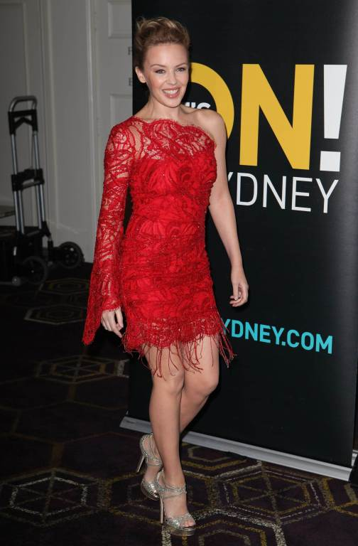 Kylie Minogue's Emilio Pucci Assymetric beaded lace dress image 3
