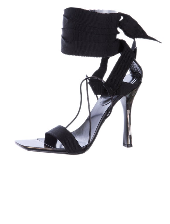 Simply The Best Sandals Ever! Rich, Luxurious And Sexy! They were on the runway and the ad campaign. The shoes are also featured in Tom Ford book.  Size 37 C  Pre-owned, in good condition.