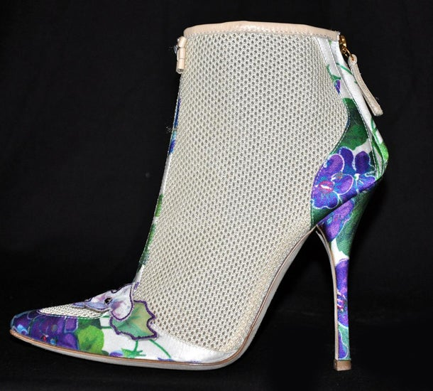 New ROBERTO CAVALLI ROMANTIC ANKLE BOOTS 2