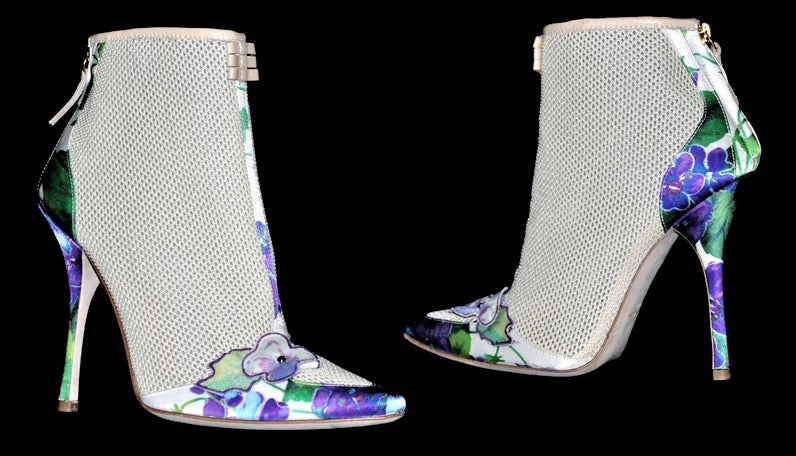 New ROBERTO CAVALLI ROMANTIC ANKLE BOOTS 6