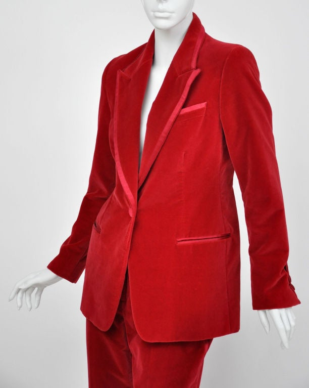 Tom Ford for Gucci Iconic Red Velvet Tuxedo Suit 5