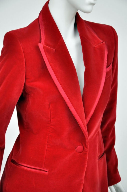 Tom Ford for Gucci Iconic Red Velvet Tuxedo Suit For Sale 2