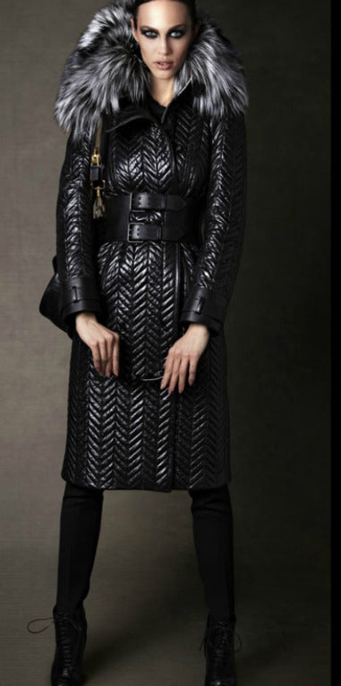 $17,500 New TOM FORD BLACK QUILTED LEATHER COAT w/ FOX FUR COLLAR 10