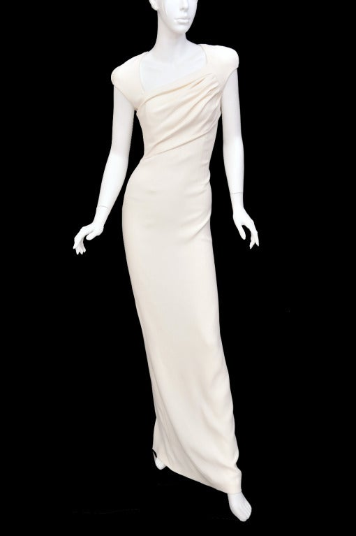 New Tom Ford Iconic White Dress with Cape Gwyneth wore to the Oscars! 5