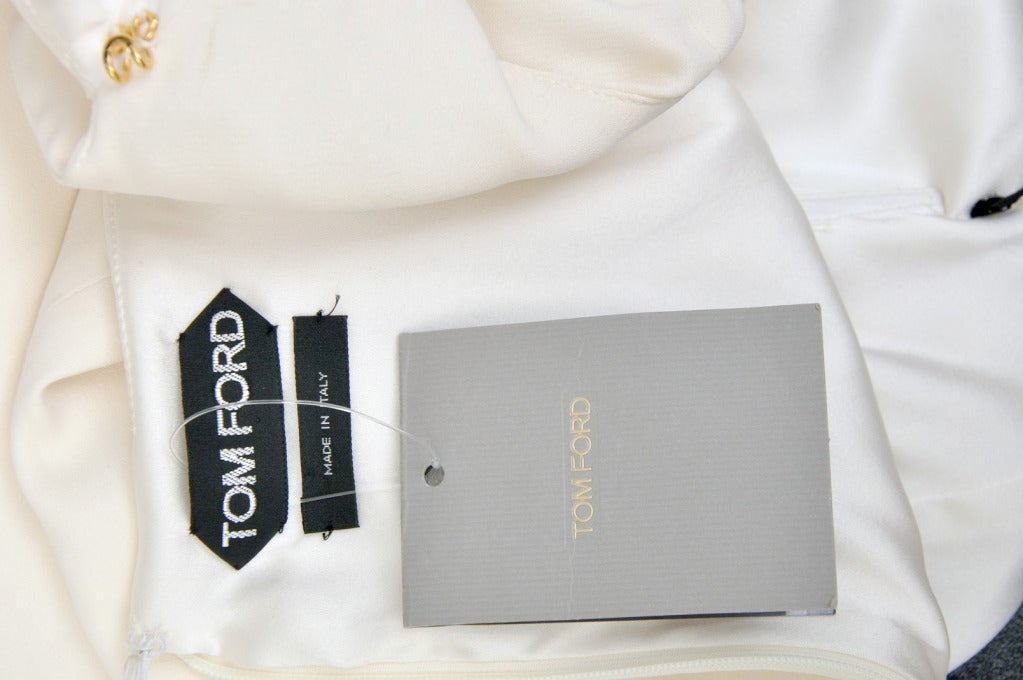 New Tom Ford Iconic White Dress with Cape Gwyneth wore to the Oscars! 9