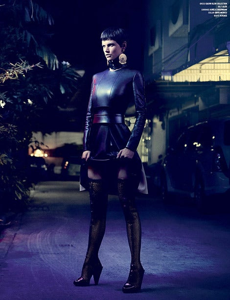New VERSACE THIGH HIGH BLACK LEATHER MESH BOOTS In New Never_worn Condition For Sale In Montgomery, TX