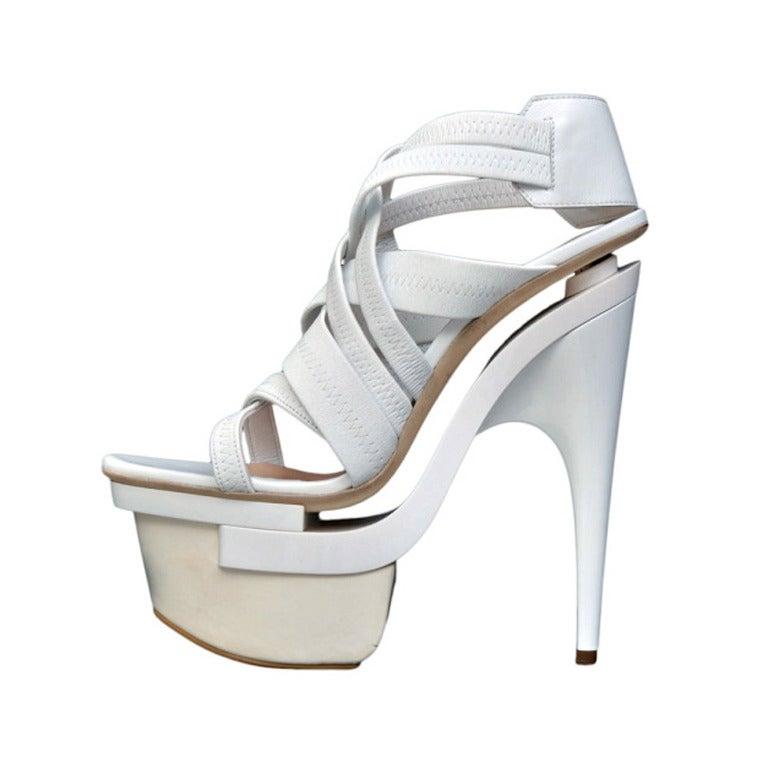 New VERSACE White leather platform sandals 39 1