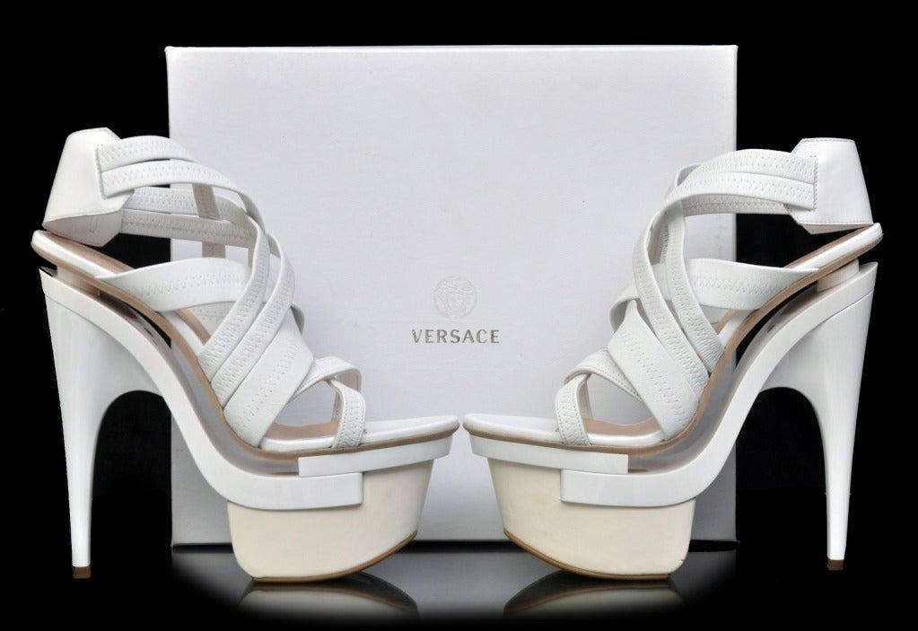 New VERSACE White leather platform sandals 39 3