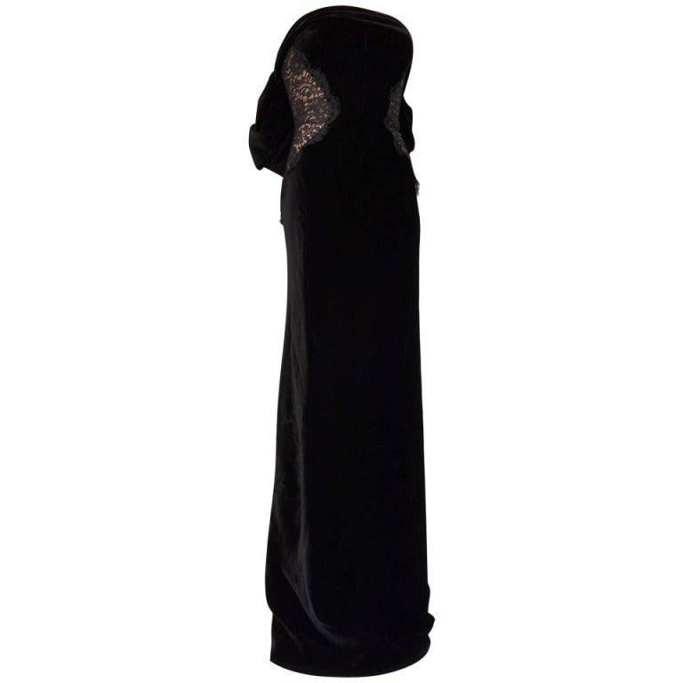 $9.400 NEW TOM FORD BLACK VELVET and LACE TIED BACK EVENING DRESS