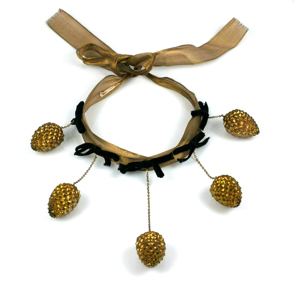 Women's Schiaparelli Haute Couture Pine Cone Necklace, Jean Schlumberger For Sale