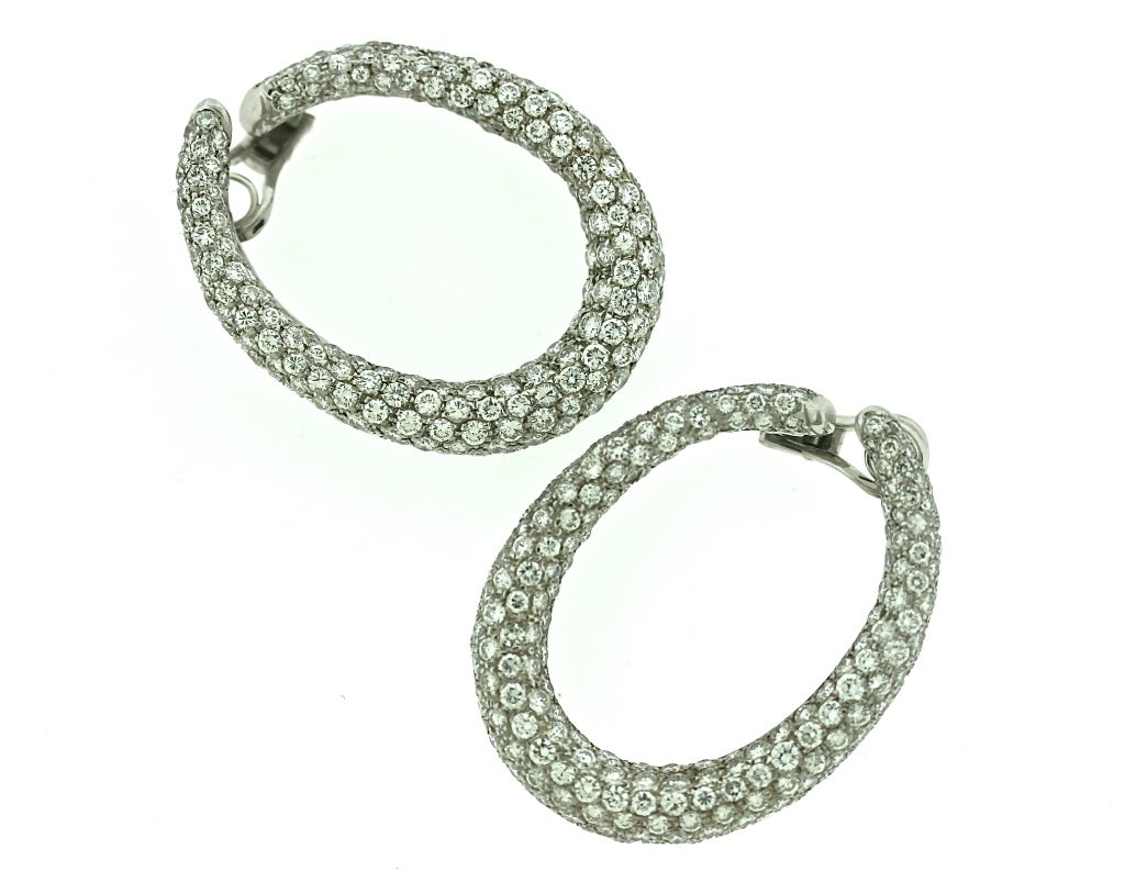 Harry winston diamond hoop ear clips at 1stdibs for Harry winston jewelry pinterest
