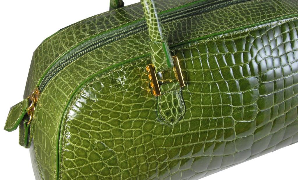 Women's LANA MARKS Fabulous Olive Green Genuine Alligator Handbag For Sale