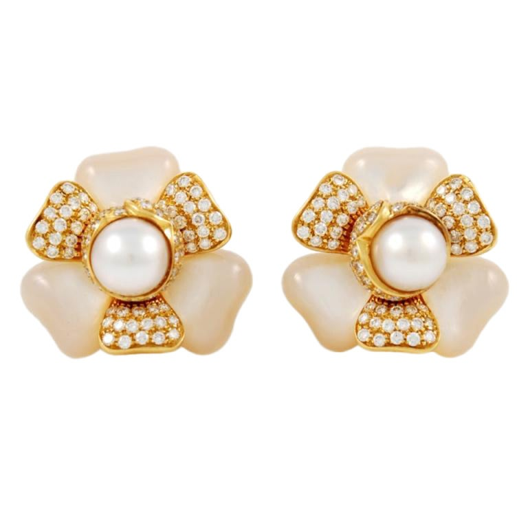 FRED Pearl Mother of Pearl Diamond Gold Earrings 1