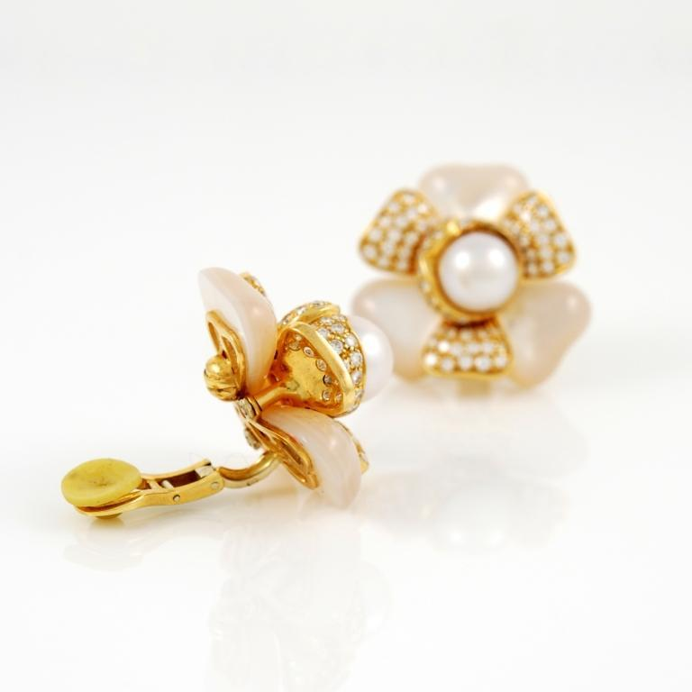FRED Pearl Mother of Pearl Diamond Gold Earrings 2