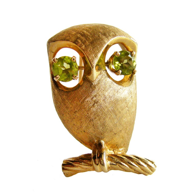 Peridot Gold Owl Brooch For Sale
