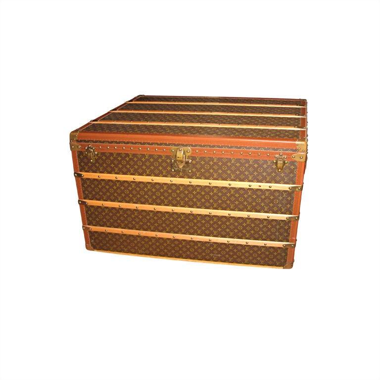 Louis Vuitton Courier Vintage Trunk For Sale