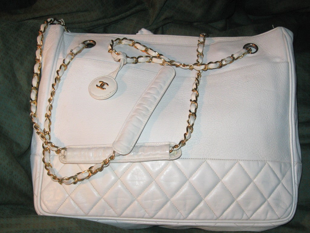 Chanel Vintage White Oversize Leather Shoulder/Tote Bag 5